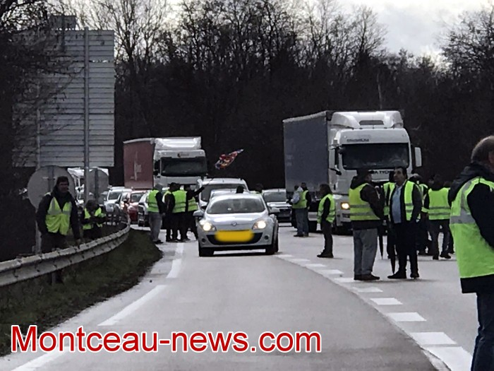 Journee action gilets jaunes Magny 02031926