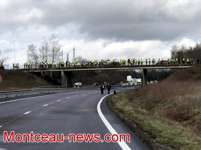 Journee action gilets jaunes Magny 02031935