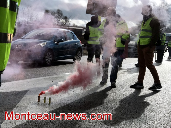 Journee action gilets jaunes Magny 02031938