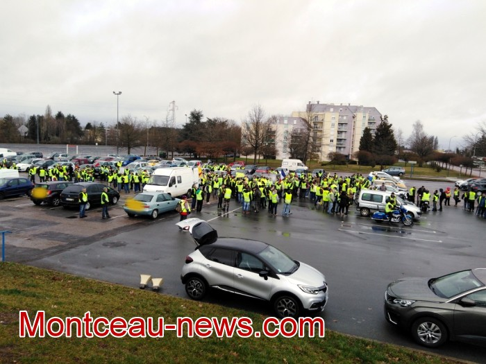 Journee action gilets jaunes Magny 0203194