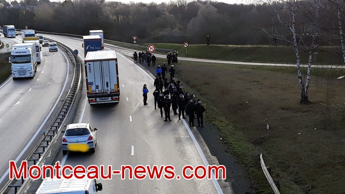 Journee action gilets jaunes Magny 02031945