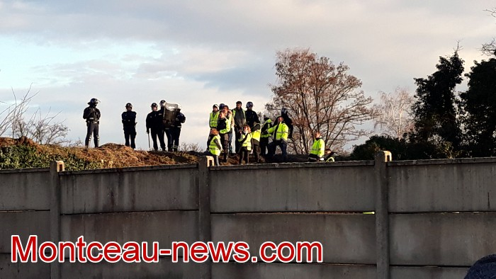 Journee action gilets jaunes Magny 02031961