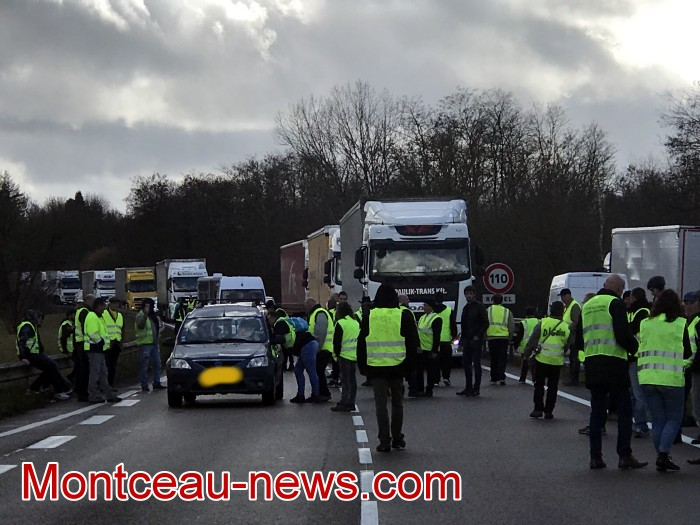 Journee action gilets jaunes Magny 02031972