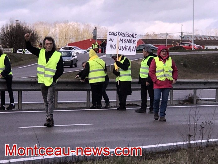 Journee action gilets jaunes Magny 02031976