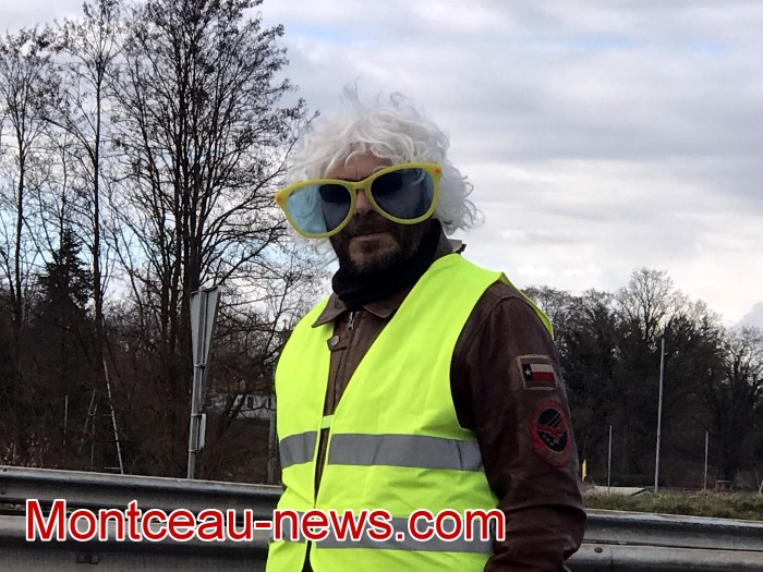 Journee action gilets jaunes Magny 02031977