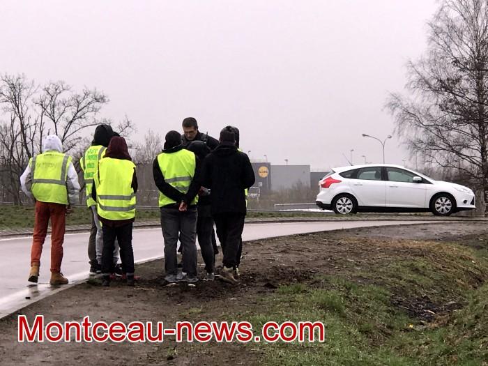 Mouvement gilets jaunes Magny Montceau social Montceau-news.com 09031911