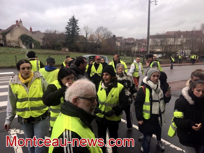 Mouvement gilets jaunes Magny Montceau social Montceau-news.com 09031915