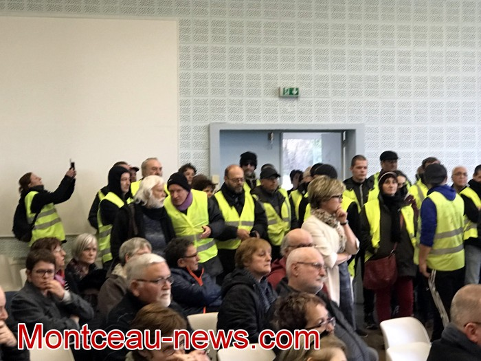 Mouvement gilets jaunes Magny Montceau social Montceau-news.com 09031923