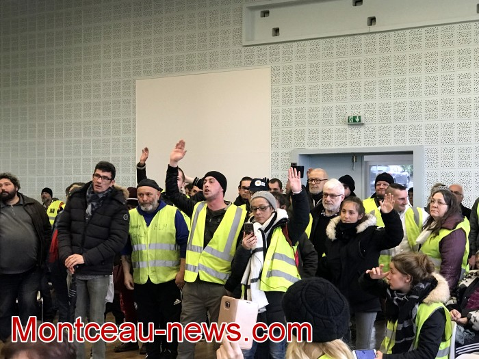 Mouvement gilets jaunes Magny Montceau social Montceau-news.com 09031931