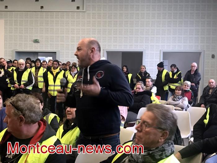 Mouvement gilets jaunes Magny Montceau social Montceau-news.com 09031939