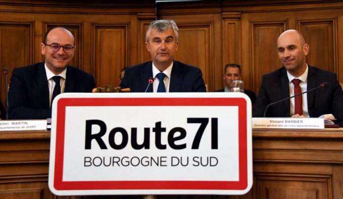 Route 71 Bourgogne sud, cyclisme velo tourisme Montceau-news.com 140319