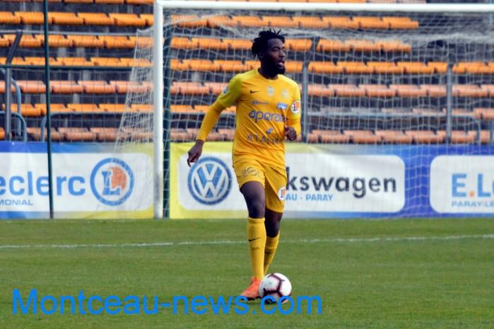 FC Gueugnon, foot soccers national3 Sochaux Montceau-news;com 07041821