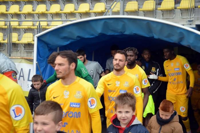 FC Gueugnon, foot soccers national3 Sochaux Montceau-news;com 0704185