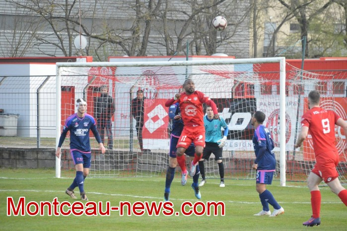 FCMB Besancon foot soccers match national3 Montceau-news.com 14041923