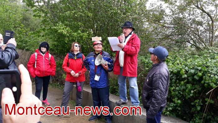 Gilets jaunes Magny roche Solutre Mitterrand escalade meeting manifestation Macron revendications Montceau-news.com 27041912