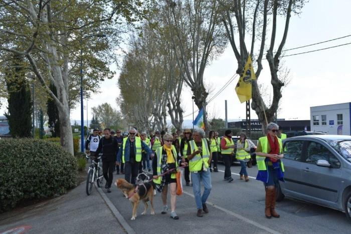 gilets jaunes Magny Manosque lecteur daniel Creteur Montceau-news.com 1404193