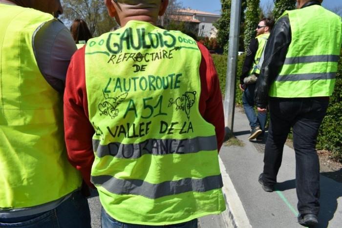 gilets jaunes Magny Manosque lecteur daniel Creteur Montceau-news.com 1404197