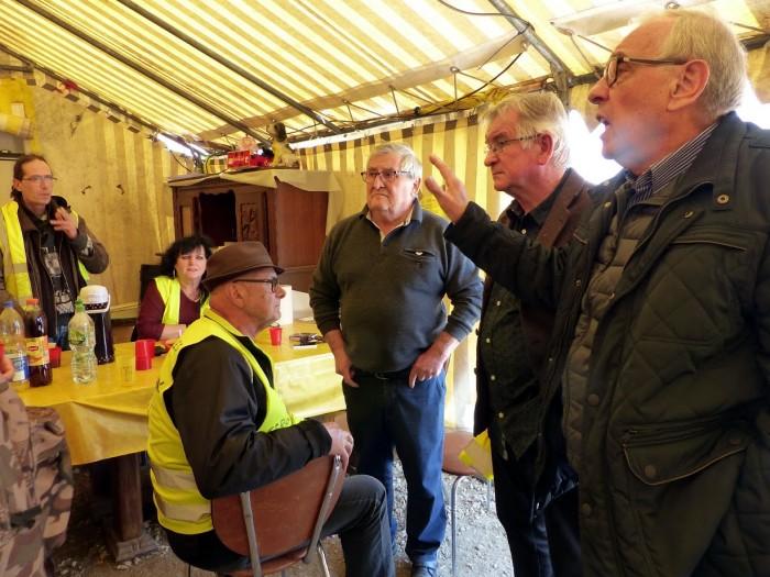 gilets jaunes Magny plainte commissariat police vol cine camera club Montceau-news.com 1504192