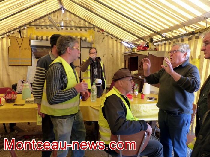 gilets jaunes Magny plainte commissariat police vol cine camera club Montceau-news.com 1504194