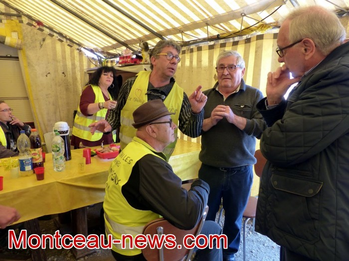 gilets jaunes Magny plainte commissariat police vol cine camera club Montceau-news.com 1504197