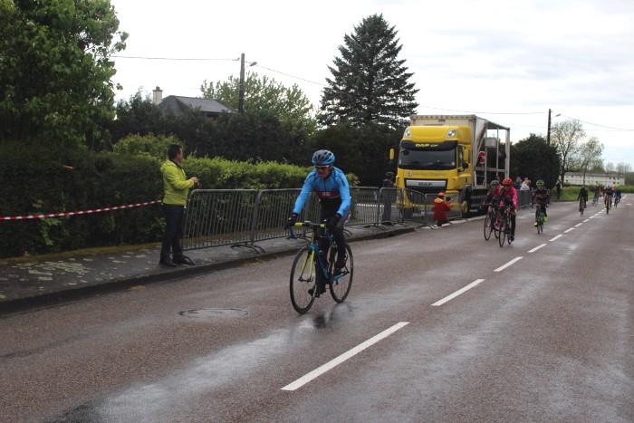 FSGT ASPTT Laurine Ducote Thibaut Baudin VCM cyclisme Montceau club titre cchampion Saone-et-Loire performance vitesse speed Montceau-news.com 110519