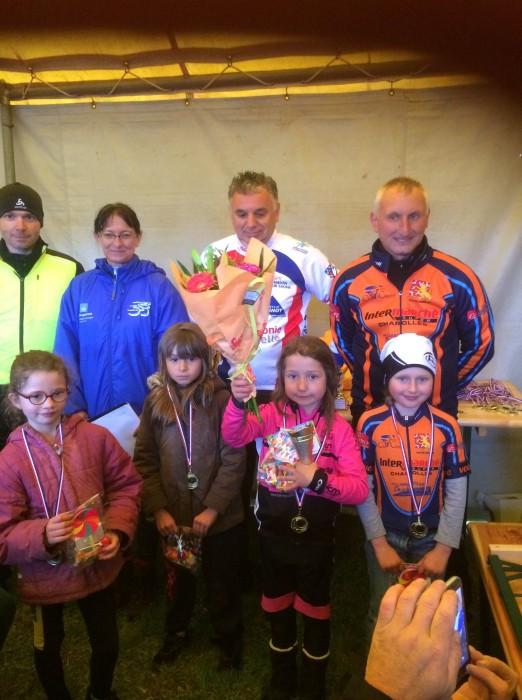 FSGT ASPTT Laurine Ducote Thibaut Baudin VCM cyclisme Montceau club titre cchampion Saone-et-Loire performance vitesse speed Montceau-news.com 11051910