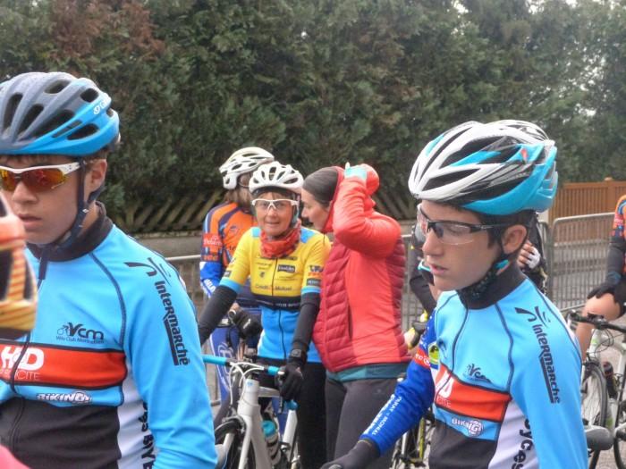 FSGT ASPTT Laurine Ducote Thibaut Baudin VCM cyclisme Montceau club titre cchampion Saone-et-Loire performance vitesse speed Montceau-news.com 11051911