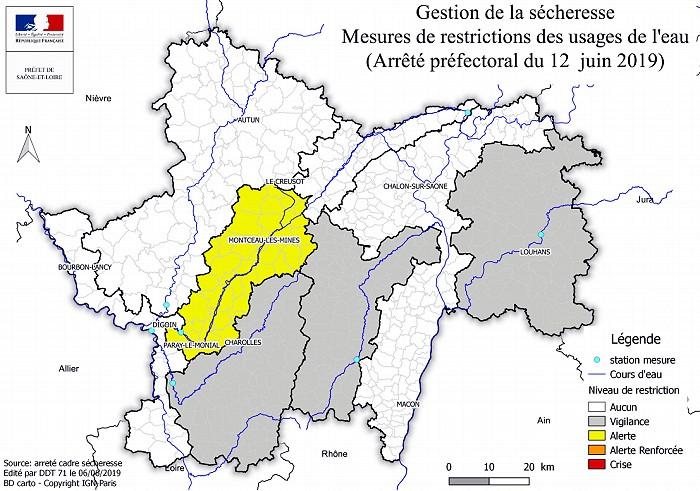 Information presse prefecture71 periode secheresse Sahara desert eau water manque Saone-et-Loire alerte vigilance restriction arrosage remplissage piscine ete summer Montceau-news.com 1306192