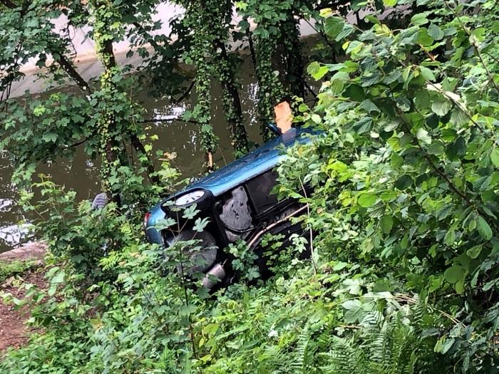accident Bourgogne faits-divers Ecuisses Saone-et-Loire pompiers fireman gendarmerie SMUR SAMU hopital urgences Montceau-news.com 1006191
