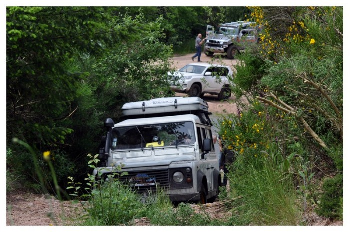 club 4x4 Val Arroux tout-terrain team sortie Morvan ACTT 74 week-end balade amis friends site web Montceau-news.com 2006195
